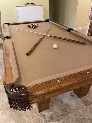 Pool table with extras! for Sale in Riverside, CA