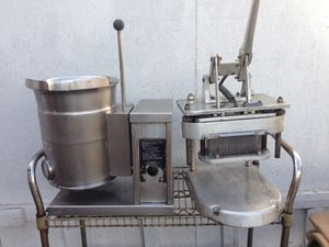Steam jacketed kettle and tenderizer for Sale in Bell Gardens, CA
