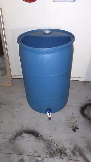 55 gallon water tank/barrel/drum w/ new 3/4 water spout ready for water hose. for Sale in Anaheim, CA