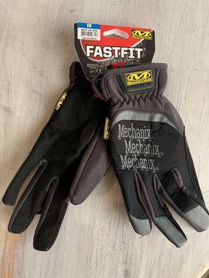 NEW Mechanix gloves - men's medium for Sale in Bend, OR
