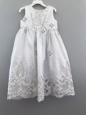 NEW!! Dress size 4 for Sale in Yorkville, IL