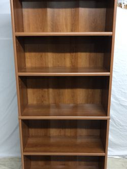 Large Bookcase /Bookshelf Adjustable Shelves - DELIVERY AVAILABLE for Sale in Everett,  WA