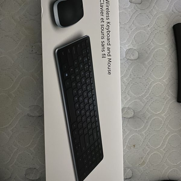 Dell Wireless Keyboard And Mouse KM714