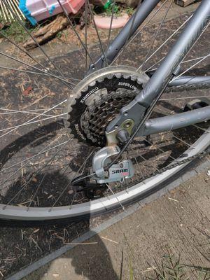 Schwinn Voyager bike for Sale in Kingsport, TN