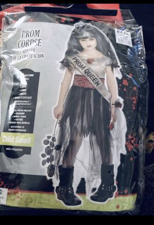 Girls prom queen costume size 7/8 for Sale in San Diego, CA