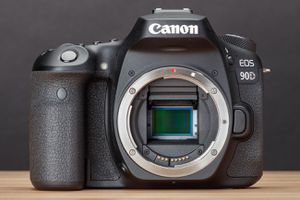 Canon EOS 90D (Body Only) DSLR Camera for Sale in Tucson, AZ