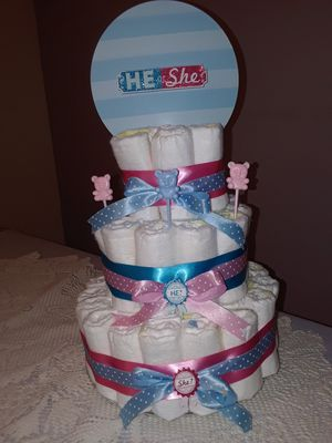 Gender reveal diaper cake for Sale in Lauderhill, FL