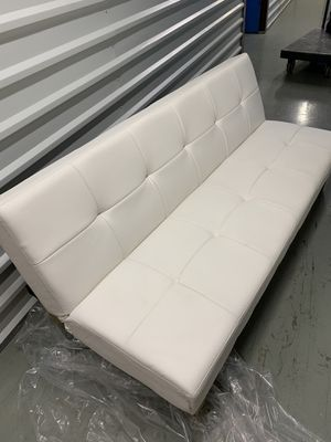 FREE Couch with the Purchase of a Bedset for Sale in MARTINS ADD, MD