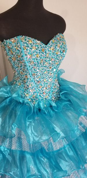 Quinceanera dress for Sale in Baytown, TX