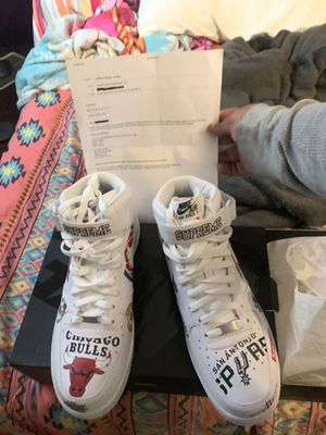 (DS) White Air Force 1 Mid '07 /Supreme's size 11.5 for Sale in Cleveland, OH