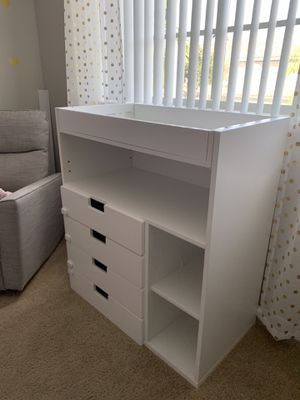 Changing table, baby, ikea, white for Sale in Pembroke Pines, FL