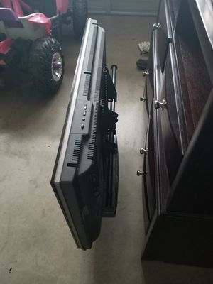 37 inch sharp aquos for Sale in Las Vegas, NV