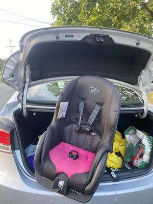 Evenflo car seat for Sale in Waterbury, CT