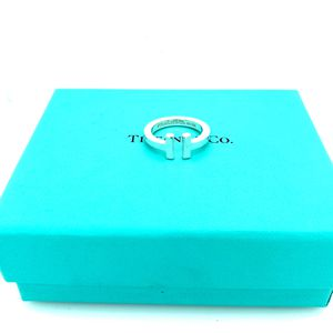 Tiffany and Co T Square Ring for Sale in Woodbridge, VA