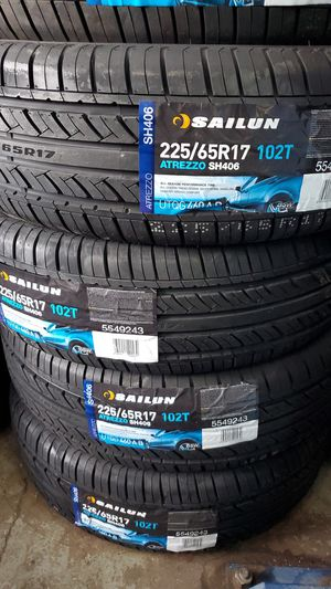 225 65 17 NEW TIRES for Sale in Tucson, AZ