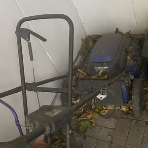 Electric Lawn Mower for Sale in Huntington Beach, CA