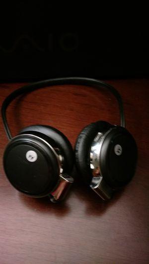 S305 Motorola Bluetooth headphones retail $99.99 for Sale in San Antonio, TX
