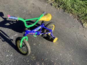 Handy Manny training bike for Sale in Peoria, IL