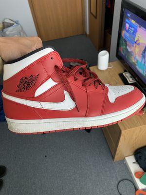 Nike Air Jordan 1 (size 10.5) for Sale in Ada, OH