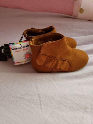 Girl boot ( infant) for Sale in Azalea Park, FL