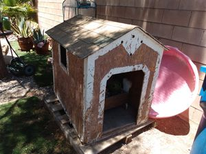 Big dog house for Sale in Las Vegas, NV