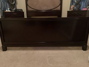 $100 Queen size bed frame for Sale in Lutz, FL
