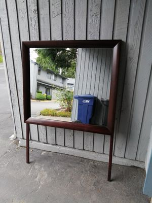 Brown Dresser Mirror for Sale in Federal Way, WA