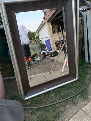 Mirrors size 3 x 4 for Sale in Columbus, OH