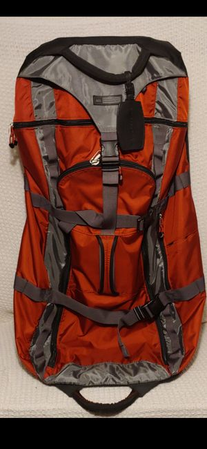 REI Luggage / duffel bag w/wheels - Status: Available for Sale in Mableton, GA