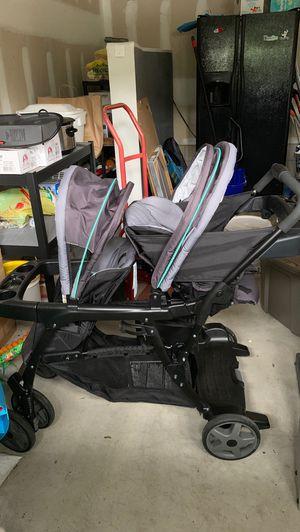 Graco double stroller for Sale in Toms River, NJ