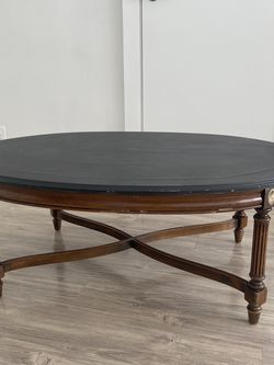 Fine Furniture's Coffee Table for Sale in Alexandria,  VA