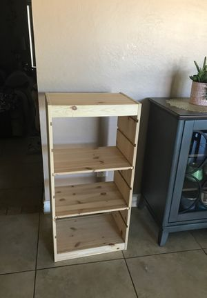Kids book shelf- with 2 adjustable for Sale in Glendale, AZ