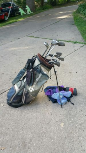 Golf clubs and bag for Sale in Pittsburgh, PA