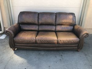 Leather Couch Set for Sale in Moreno Valley, CA