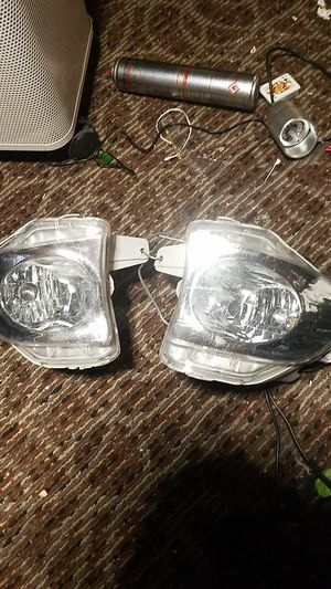 Lexus E350 fog lights 2010 2011 2012 for Sale in Mesa, AZ