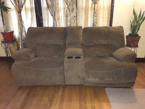 Two set of Recliners for Sale in Ecorse, MI
