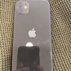iPhone 11 Factory Unlocked Black 64gb for Sale in Irvine, CA