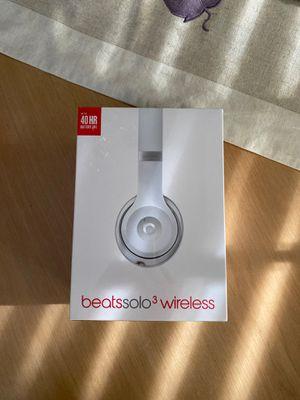 Beats Solo3 Wireless, Matte Silver, Still Sealed for Sale in Vienna, VA