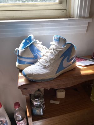 Nike Tennis shoes for Sale in Dickson, TN