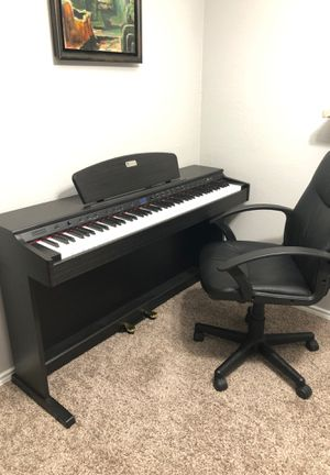 Weighted keyboard piano for Sale in Arlington, TX