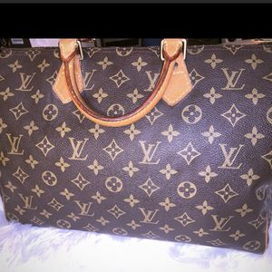 Authentic LV Speedy 35 for Sale in Bedford, TX