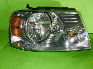 2004 2005 2006 2007 2008 FORD F-150 F150 XL HALOGEN HEADLIGHT RIGHT PASSENGER SIDE OEM for Sale in San Marcos, CA