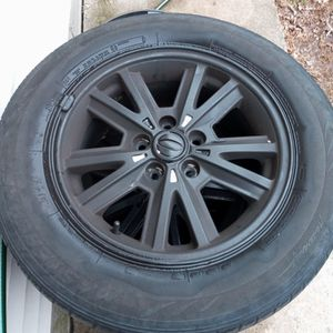 2006 Ford Mustang Rims And Tires for Sale in Hampton, CT