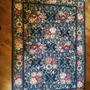 4c6 Area Rug for Sale in Issaquah, WA