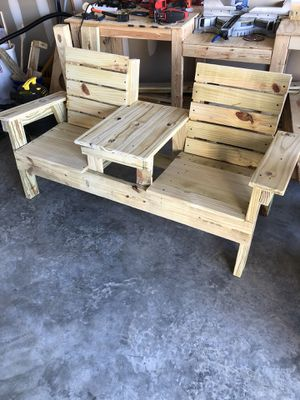 Farmhouse Double Chair w/table for Sale in Kernersville, NC