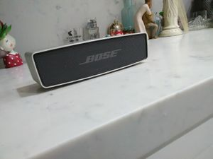 Bose SoundLink mini new sounds amazing absolutely nothing wrong except it has no charger but this little baby is awesome for Sale in Anaheim, CA