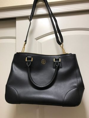 Tory Burch Robinson Double Zip Tote for Sale in Mesa, AZ