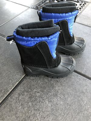 Totes Snow Boots Size 7 for Sale in West Covina, CA