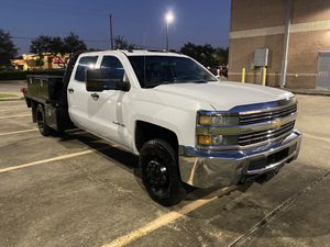 2015 chevy silverado 3500 flatbed for Sale in Sugar Land, TX