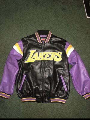 Jacket lakers size L for Sale in Orlando, FL